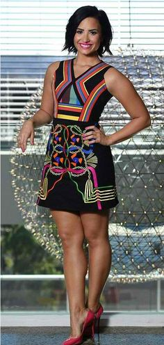 Demi Lovato con tacones de 15cm.