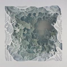 Artist Carefully Cuts Paper into Detailed Layers Playing with Light and Space La Pietra La Piuma Arte de papel tridimensional por Elisa Mearelli 3d Paper Art, Diy Paper, Paper Crafts, Paper Cut Out Art, Paper Artist, Shadow Box Kunst, Shadow Box Art, Paper Cutting, Light And Space