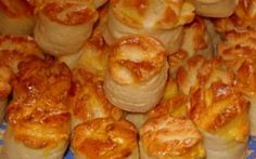 Havd no idea wat they r called though Hungarian Desserts, Hungarian Recipes, Baking And Pastry, Bread Baking, Good Foods To Eat, Food To Make, Bakery Recipes, Cooking Recipes, Savory Pastry