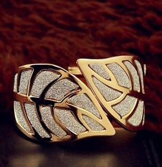 Cheap Designer Jewelry Clearance Sale Store Online I love this design! And Id definitely wear it.