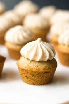 Honey Cinnamon Cupcakes, mini sized! I'm so excited to share this delicious recipe with you. For months now I've wanted to create a honey flavoured frosting with a touch of ground cinnamon. It turned out perfectly and paired with these fluffy cupcakes, you will fall in...