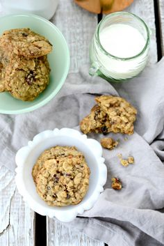 Cranberry White Chocolate and Pecan Oatmeal Cookies