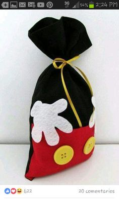 Mickey Mouse Baggie More Mais Dulceros Mickey Mouse, Mickey E Minie, Mickey Mouse Clubhouse Birthday, Mickey Mouse Parties, Mickey Party, Mickey Mouse Birthday, Elmo Party, Elmo Birthday, Dinosaur Party