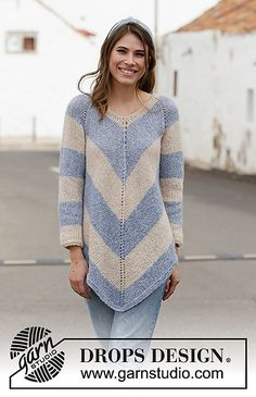 Poncho Ravelry: Blue Pagoda pattern by DROPS design Knitting Paterns, Free Knitting, Finger Knitting, Knitting Machine, Drops Patterns, Knit Patterns, Blanket Patterns, Drops Design, Pull Poncho
