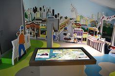 Mutltitouch-Tisch: interaktiver Stadtplan