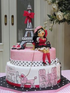 promenade in paris - Cake by Yo 0 Paris Themed Cakes, Paris Cakes, Paris Birthday Parties, Happy Birthday Cakes, Gorgeous Cakes, Amazing Cakes, Bolo Chanel, Bolo Paris, Pastel Cakes