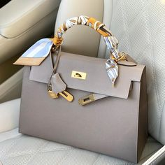 fashionable on Bag of the day . whats your favorite hermes neutral color.fashionable on Bag of the day … whats your favorite hermes neutral color hermes boptalk - Hermes Bags, Hermes Handbags, Fashion Handbags, Purses And Handbags, Fashion Bags, Cheap Handbags, Sac Hermes Kelly, Hermes Kelly Taschen, Luxury Bags