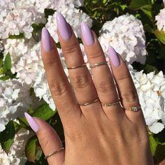 Lavender nails in the sunshine  #nikki_makeup #naturalnails #essie