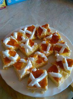 Érdemes elkészíteni ezt a finom süteményt, ha valami csodás édességre vágysz. Mi nagyon szeretjük, ezért gyakran megsütöm, ha édességre vágunk. Hozzávalók A tésztához: 25 dkg liszt 1/2 cs sütőpor 1 késhegynyi szódabikarbóna 12 dkg vaj 12 dkg cukor 1 db … Egy kattintás ide a folytatáshoz.... → Torte Cake, Hungarian Recipes, Winter Food, Cake Cookies, Waffles, Food Porn, Dinner Recipes, Food And Drink, Pie