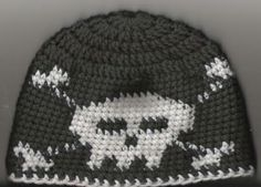 skull and crossbone beanie - CROCHET