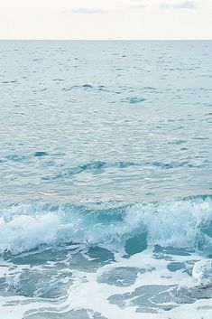 Download free HD wallpaper from above link! #wave #sea #water #ocean #bubbles #shore Waves Wallpaper, Iphone Wallpaper, Sea Waves, Free Hd Wallpapers, Beaches, Bubbles, Ocean, Explore, World