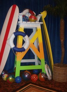 beach party decor...possible lifeguard stand outside front of cabin?!