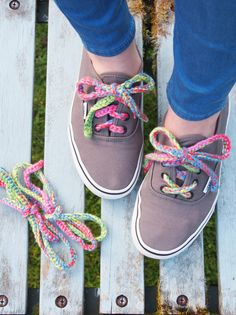 How to make crochet shoe laces. RainbowLaces