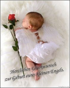 I used to think I was too old to fall in love again, but then I became a grandma. Gift for grandma. Phrase Cute, Baby Engel, What A Wonderful Life, Cute Baby Wallpaper, Grandma Quotes, Falling In Love Again, Foto Baby, Grandma And Grandpa, Baby Pictures