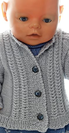 baby born clothes knitting instructions - The doll spring outfit - in blue and . Baby Born Clothes, Girl Doll Clothes, Doll Clothes Patterns, Clothing Patterns, Free Knitting, Knitting Patterns, Baby Born Kleidung, Knitted Dolls, Garter Stitch