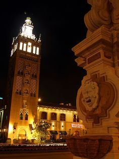 The Plaza in Kansas City, Missouri / La Giralda Tower here seen.