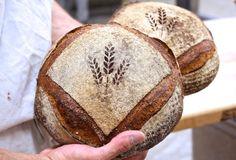Artisan bread stenciling via @kingarthurflour