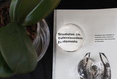 """""""The future art is created at the glass studio."""" Article by glass artists Sini Majuri and Marja Hepo-aho, The Finnish Glass yearbook 2016.   """"Studiolasi on ajankohtainen taidemuoto, joka kehittyy tekijöidensä kautta. Siinä taiteilija on työn toteuttaja."""" Lasitaiteilijoiden Sini Majurin ja Marja Hepo-ahon artikkeli Studiolasi on tulevaisuuden taidemuoto, Suomalaisen lasin vuosikirja 2016."""