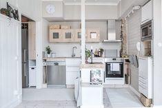 Meer dan 1000 idee n over appartement indeling op pinterest studio layout studio - Deco klein appartement ...