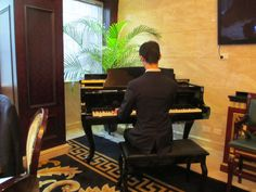 Melbourne pianist Calvin Leung gives an outstanding wedding reception performance