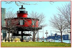On Pier 5 in Baltimore's Inner Harbor stands the screw-pile lighthouse. Built in 1851, the lighthouse is the oldest of its type in Maryland. It was moved from the Chesapeake Bay in 1988 due to damage from storms and ice. The lighthouse now houses a museum.