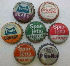 Old School Candy, South Afrika, South African Design, Old Symbols, Bottle Cap Crafts, Bottle Caps, Good Old Times, Black History Facts, The Old Days