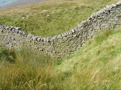 Yorkshire Dales Dry stone walling