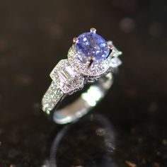 Beautiful Ring set with a Ceylon Sapphire.