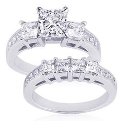 Princess cut 3 stone diamond wedding ring set