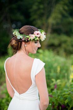 Countryside Bridal Session - floral crown and low back dress Wedding Dress Backs, Wedding Dresses, Wedding Blog, Diy Wedding, Low Back Dresses, Bridal Session, Floral Crown, Bridal Portraits, Gothic Fashion