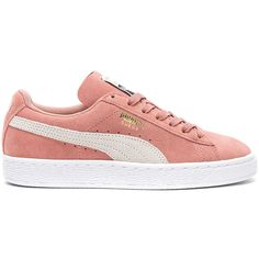 Puma Suede Classic Sneaker (215 BRL) ❤ liked on Polyvore featuring shoes, sneakers, tennis shoes, puma shoes, suede tennis shoes, rubber sole shoes and rubber sole sneakers