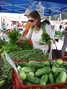 Santa Monica Farmer's Market, Greater Los Angeles.