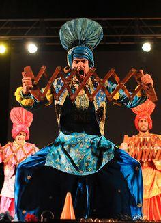 Online Shopping for the Sikh & Punjabi Community Worldwide Folk Dance, Dance Art, Punjab Culture, Cultural Dance, Sabyasachi, Kerala, Bollywood, India, Traditional