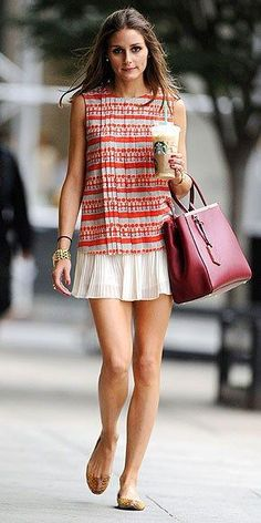 Olivia Palermo& daytime outfit is fab on its own, and would be perfect for night with a silky blazer. Estilo Olivia Palermo, Olivia Palermo Style, Image Fashion, Love Fashion, Style Fashion, Skirt Fashion, Paris Fashion, Trendy Fashion, Fashion Outfits