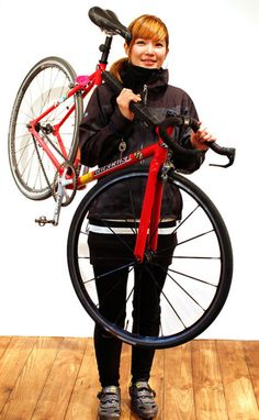 Girls On Bicycles! Bicycle Women, Bicycle Girl, Bmx, Fixed Gear Girl, Bike Illustration, Cycling Girls, Fixed Bike, Bike Style, Bike Design