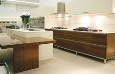 Tech - KITCHENS - Florense USA | High-end kitchen cabinets, closets, upholstery, residential and commercial furniture