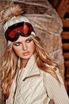 Romee Strijd Takes a Ski Trip for Goldbergh Winter 2014 - Daily Fashion Snow Fashion, Winter Fashion, Protective Hairstyles, Apres Ski Outfits, Ski Bunnies, Chantal, Ski Season, Ski Wear, Winter Wear