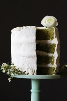 Chiffon green tea cake with white chocolate whipped cream frosting | HonestlyYUM