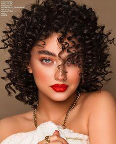 Iranian Women Fashion, Womens Fashion, Wedding Day Makeup, Photography Women, Woman Face, Modern Fashion, Beauty Makeup, Curly Hair Styles, Makeup Looks