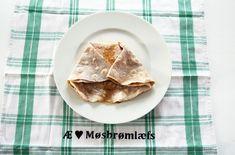 Møsbrømlefse: Lefsa alle fra Salten reiser hjem for Gluten Free Recipes, Gourmet Recipes, Bread Recipes, Healthy Recipes, Chocolate Icing, Melting Chocolate, Walnut Kernels, No Calorie Foods, Food Print