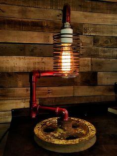 ¡Mirá nuestro nuevo producto LAMPARA RINCONERA DE DISEÑO, MOD POLEA! Si te gusta podés ayudarnos pinéandolo en alguno de tus tableros :)