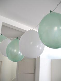 Kuistin kautta: Sirkussynttärit vol 1 ja vol 2 Tent Decorations, Kids Decor, Home Decor, Birthday Parties, Birthday Fun, Baby Shower, Ceiling Lights, Lighting, Tuli
