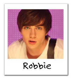 Aaron Johnson as Robbie in Angus, Thongs, and Perfect Snogging Aaron Taylor Johnson Quicksilver, Aaron Johnson, Pretty Men, Pretty Baby, Angus Thongs And Perfect Snogging, Teen Hotties, James Potter, Perfect Boy, Shawn Mendes