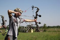 Building Stronger Shoulder Muscles for Archery & Bow Hunting Performance Bow Hunting Tips, Archery Hunting, Hunting Gear, Hunting Bows, Archery Gear, Women Hunting, Crossbow Hunting, Quail Hunting, Turkey Hunting