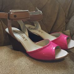 Leather pink parent wood heel ankle strap wedges Striking hot pink patent wedged leather sandals have ankle strap and 4 inch heel. Slight wear Report Shoes Wedges