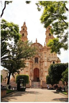Lagos de Moreno, pueblo mágico. Charming small town 2 hours n. of GDL. Lovely people. Enjoy a meal at Lagos Inn along side the cathedral..