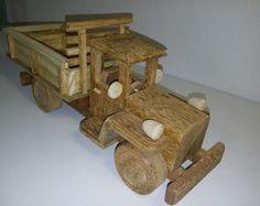 Caminhão em madeira
