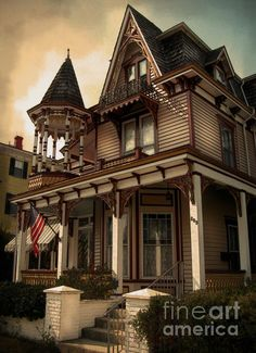 Victorian Home | Fine Art Photography by Colleen Kammerer