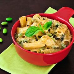 Baked pasta with cardamon/lemon/basil sauce!