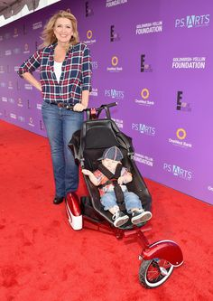 Wendy Burch cruising Baby Brady on the Red Carpet for PS Arts and E! Hollywood. Nice Ride Brady, it's an honor to be a part of the journey. #stroller #babystroller #theroddler #kidkustoms #wendyburch #ktla ktla.com/